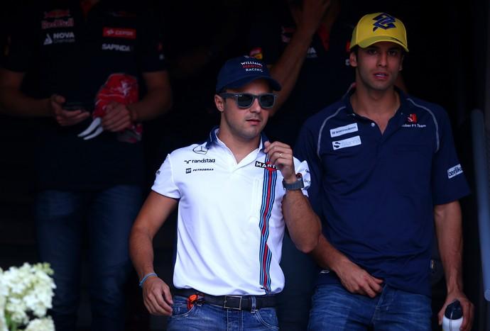 Felipe Massa ao lado do xará Felipe Nasr no paddock de Monza, palco do GP da Itália (Foto: Getty Images)