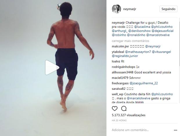 """BLOG: Neymar propõe desafio de habilidade, e Marcelo responde com a """"perna ruim"""""""