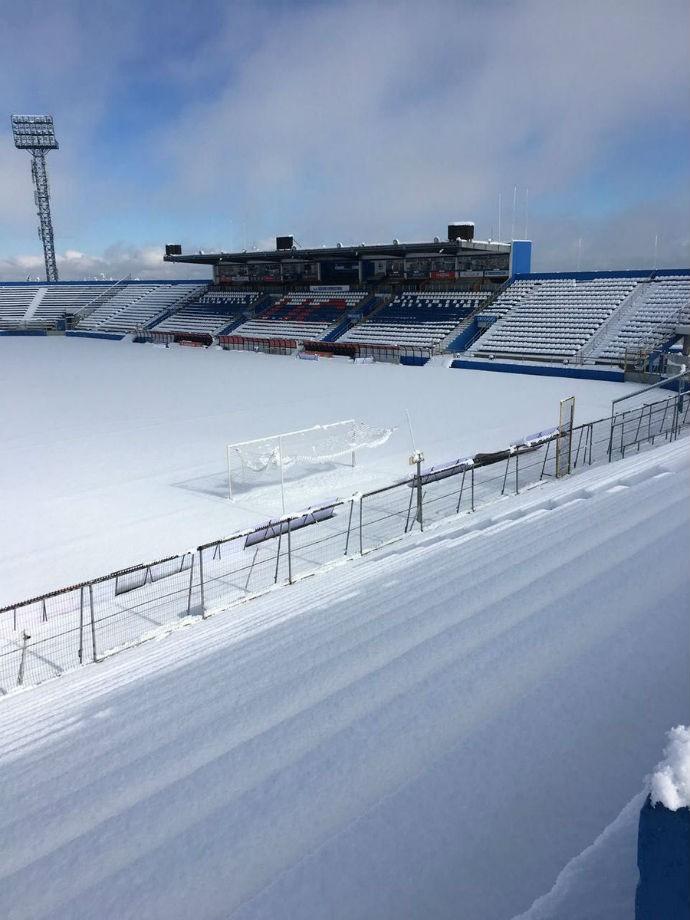 BLOG: Por conta de forte nevasca, Universidad Católica adia jogo pela Copa do Chile