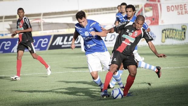 Confiança e River Plate (Foto: Filippe Araujo / Divulgação)