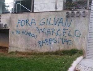 Sede do Cruzeiro foi alvo de protestos contra a má fase do clube (Foto: Reprodução/Internet)