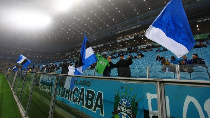 Grêmio x Cruzeiro, Arena, Brasileirão, bandeiras, flauta, corneta (Foto: Lucas Uebel/Grêmio/Divulgação)