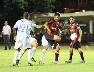 Pedro Ken, macaé x vitória (Foto: Tiago Ferreira / Macaé Esporte)
