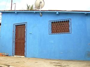 Polícia não sabe se moradores de casa invadida em Macaíba foram raptados (Foto: Reprodução/Inter TV Cabugi)
