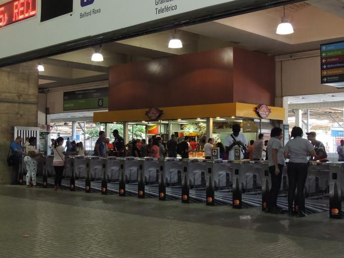 Em janeiro, a tecnologia já estará disponível para todos os passageiros do serviço (Foto: Divulgação/Mastercard)