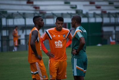 Cristóvão Borges, Gerson e Kenedy, treino do Fluminense (Foto: Bruno Haddad / Fluminense FC)