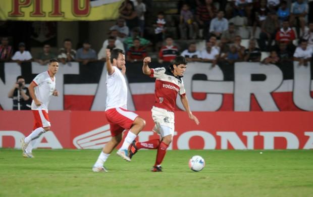Santa Cruz x Rio Branco (Foto: Aldo Carneiro/ Pernambuco Press)