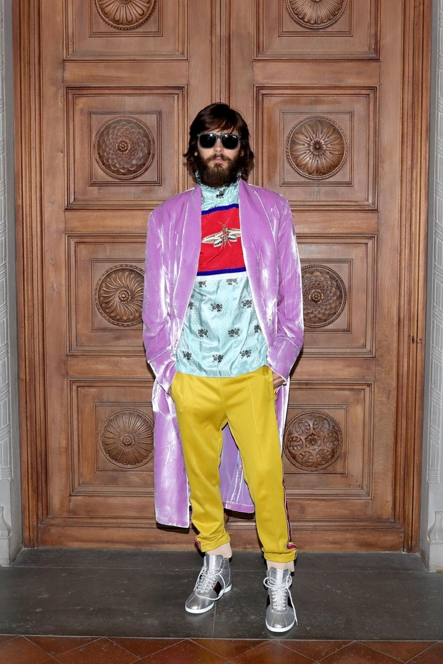 Jared Leto wearing a Gucci Cruise 2018 ensemble (Foto: COURTESY OF GETTY IMAGES FOR GUCCI)