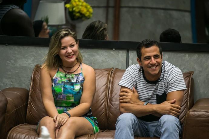 Maria Claudia e Matheus anunciaram o fim do romance nas redes sociais (Foto: Paulo Belote/TV Globo)