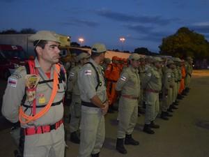 Oficiais e praças vão atuar em conjunto com Bombeiros do Amazonas (Foto: Marcelo Marques/ G1 RR)