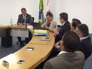Comissão vai apurar se há excessos de policias nos quartéis e na delegacia geral da Polícia Civil (Foto: Natália Souza/G1)