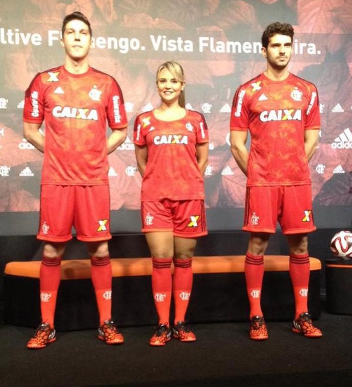 novo uniforme de numero 3 do flamengo (Foto  Cahe Mota) 448ecc44a12c3