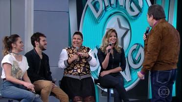 Faustão apresenta os participantes do 'Ding Dong' deste domingo