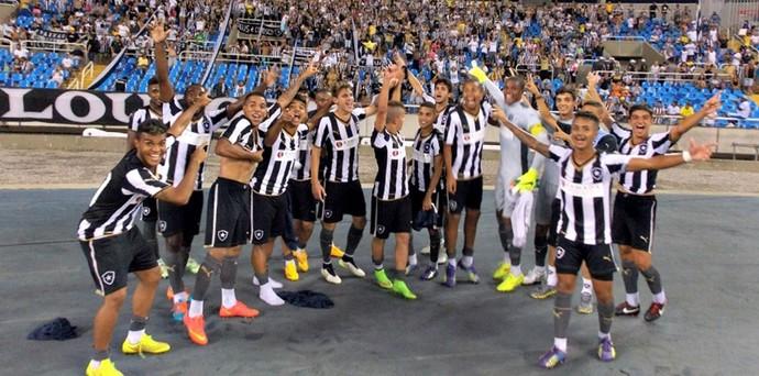 Botafogo jogo sub-20 (Foto: Infoesporte)