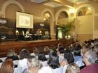 Evento reúne mais de 500 dentistas voluntários em Poços de Caldas, MG
