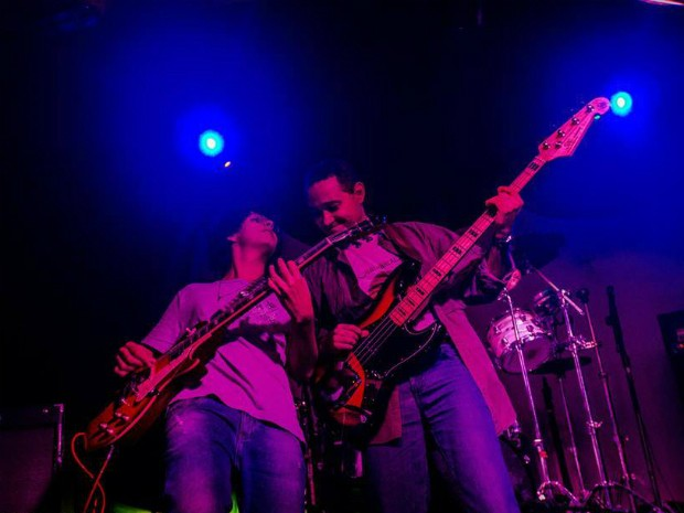 Banda Fountainhead apresenta sucessos do Rush no Dubliners (Foto: Gabriela Queiroz/Divulgação)
