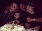 Claudia Leitte comemora aniversário em família