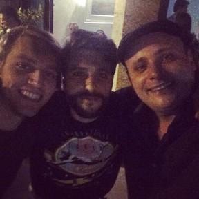 Bruno Gagliasso e Léo Fuchs com amigo em festa no Rio (Foto: Instagram/ Reprodução)