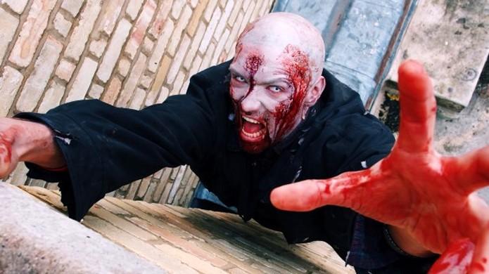Dying Light exibe parkour e intensa perseguição de zumbis com atores reais (Foto: Ampisound)