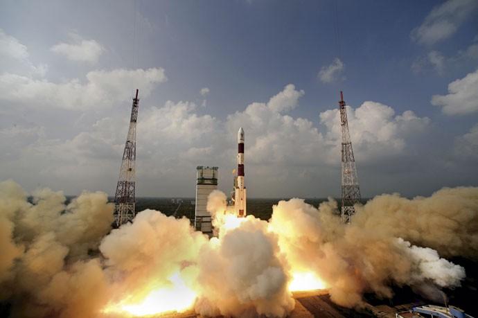 ILUSTRE DESCONHECIDA: Lançamento do foguete que transportava Mangalyaan, a primeira sonda desenvolvida pela Índia a chegar até Marte (Foto: Pallava Bagla/ Corbis)