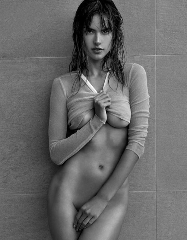 Alessandra Ambrosio Se Desnuda Para La Revista Narcisse Fotos