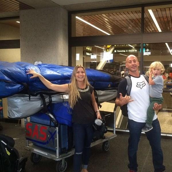 Sylvio, Beatriz e Benjamin prontos para embarcar (Foto: Instagram)