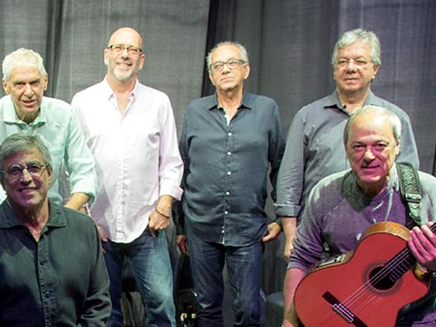 Ivan Lins, integrantes do MPB4 e Toquinho, que apresentam o show 50 anos de música no Centro de Convenções Ulysses Guimarães, em Brasília (Foto: Liga Entretenimento/Divulgação)