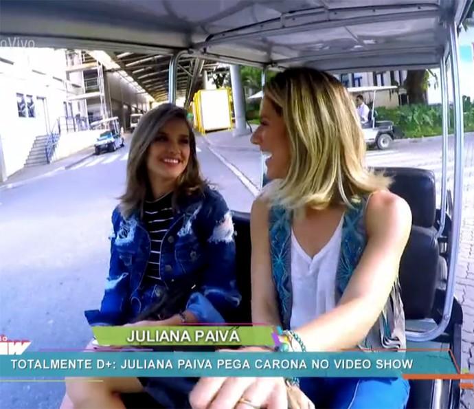 Juliana Paiva pega carona com Giovanna Ewbank (Foto: Vídeo Show / Gshow)