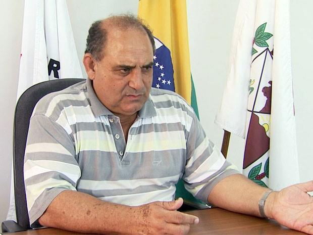 Casa do prefeito Ivan de Freitas (PSDC) foi assaltada em Muzambinho, MG (Foto: Reprodução EPTV)