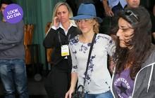 Look do dia: Shakira combina look básico com acessório de grife