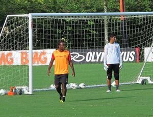 Vagner Love no treino do Flamengo (Foto: Richard Souza / Globoesporte.com)