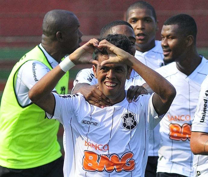 Ratinho, lateral do Rio Branco-ES (Foto: Guilherme Ferrari/A Gazeta)