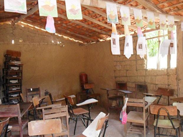 Sala de aula de escola no Povoado Brejo Mole (Foto: Antônia Silva da Cruz)