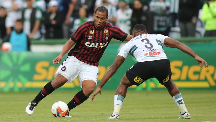 atletiba coritiba x atlético-pr paranaense (Foto: Giuliano Gomes/PR Press)