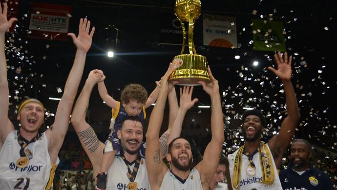 Mogi das Cruzes campeão Paulista (Foto: Cairo Oliveira)