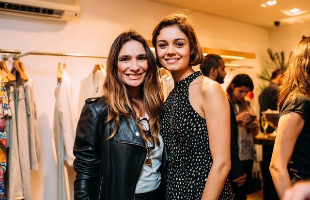 Adriana Bozon e Sophie Charlotte (Foto: Leca Novo)