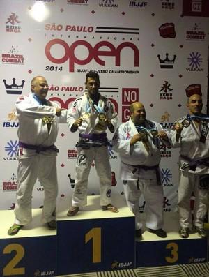 Bruno Rodrigues jiu-jitsu lutador Uberlândia pódio São Paulo International Open IBJJF Championship (Foto: Arquivo pessoal/Leandro Rocha)
