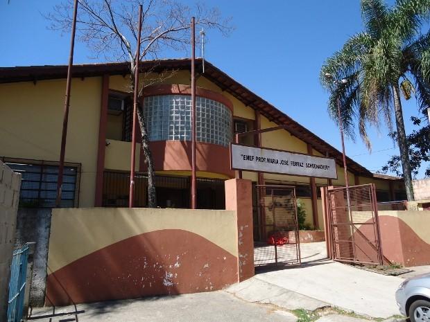 Escola do bairro Guaçu em São Roque onde menino estava dormindo embreagado durante aula (Foto: Marcelo Roque Redeling/São Roque Noticias)
