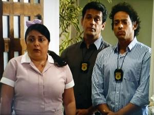 Soraia apavorada com os policiais  (Foto: Malhação / TV Globo)