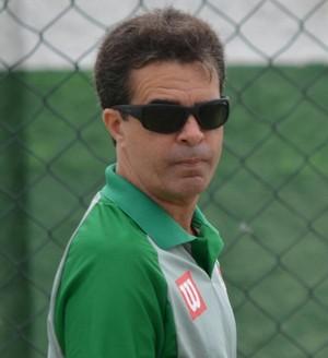 Junior Lopes vai comandar a Cabofriense no Carioca (Foto: Andreia Maciel/Cabofriense)