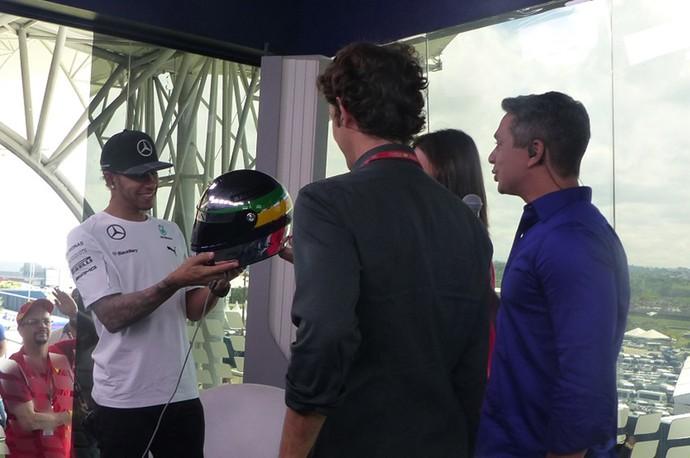 Lewis Hamilton e Bruno Senna (Foto: Felipe Siqueira)