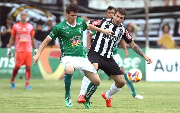 Lucas Pratto, Mamoré x Atlético-mg (Foto: Denilton Dias / Agência Estado)