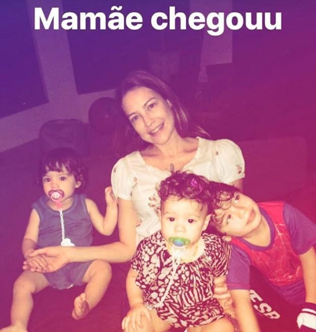 Luana Piovani com os filhos Bem, Liz e Dom (Foto: Reprodução/Instagram)