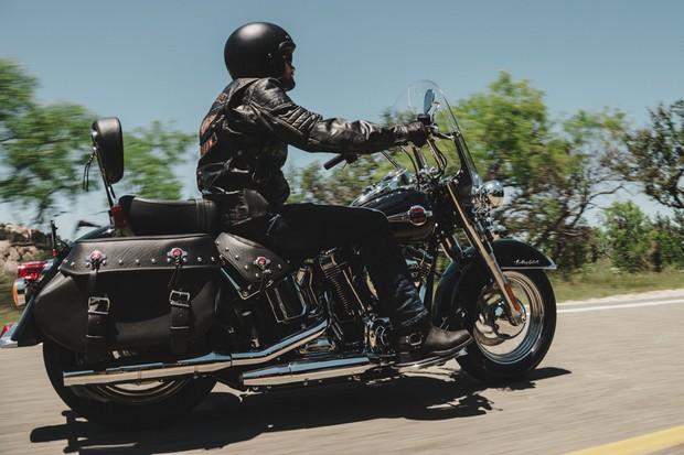 Harley-Davidson Heritage Softail Classic (Foto: Divulgação)