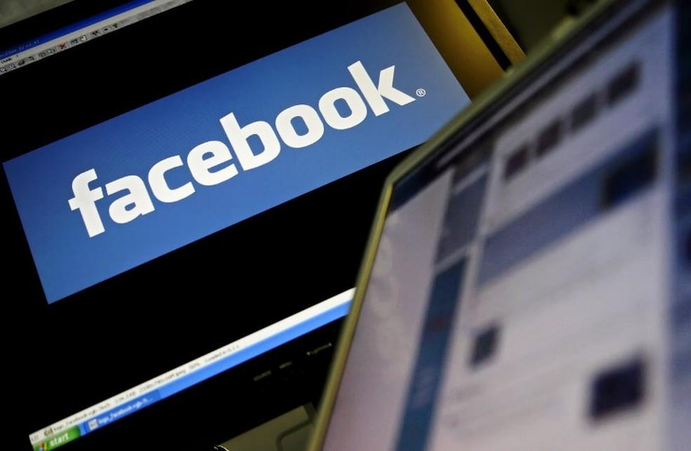 Facebook; feed; logo (Foto: Leon Neal/AFP)