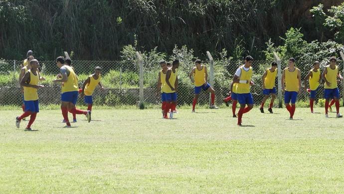 Jogadores Minas Futebol (Foto: Gabriel Duarte/GloboEsporte.com)