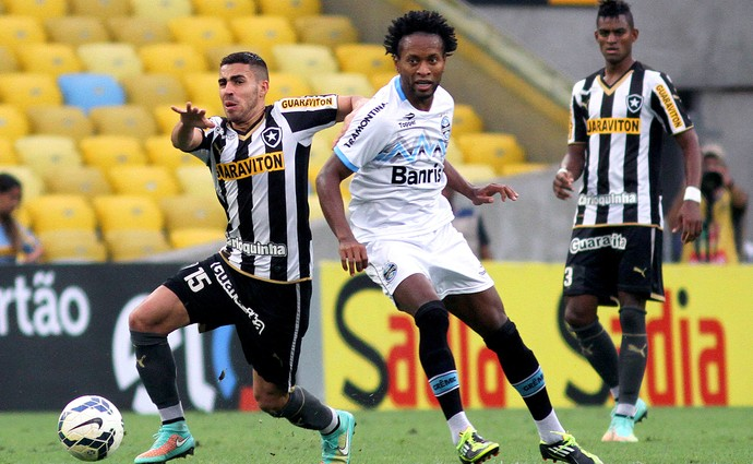 Botafogo x Grêmio - Zé Roberto e Gabriel (Foto: Vitor Silva / SS Press)