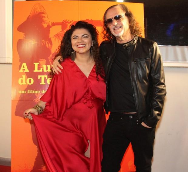 Alceu Valença e a cantora Cristal (Foto: Graça paes/Foto Rio news)