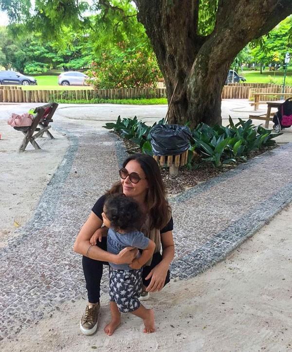 Carolina Ferraz e Bebel (Foto: Reprodução Instagram)