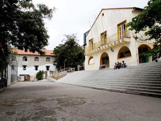 Colégio Estadual da Prata, em Campina Grande (Foto: Leonardo SIlva / Jornal da Paraíba)